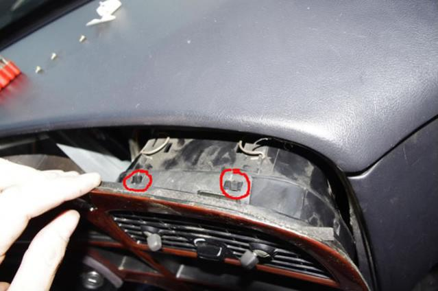 Name:  12 Saab 9000 dash panel removal.jpg