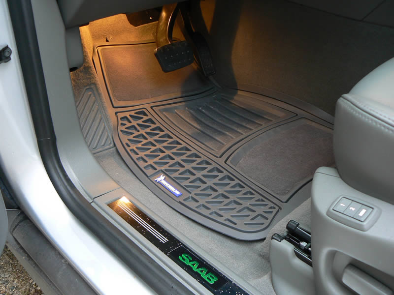 Name:  Saab 9-4X floor mats 2.jpg
