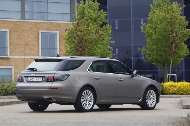 Name:  2012_Saab_9-5_SportCombi.jpg