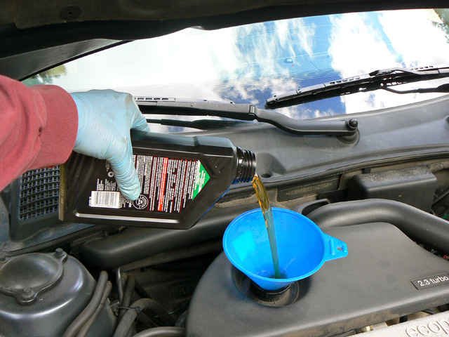 Name:  08_Saab_9-5_oil_change.jpg