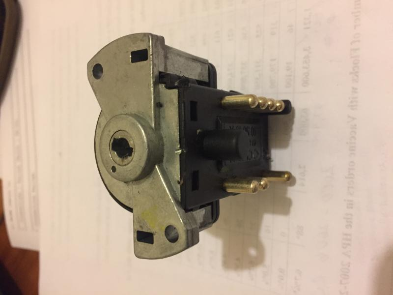 Name:  Saab 95 Ignition Switch IMG_1463 140719.jpg