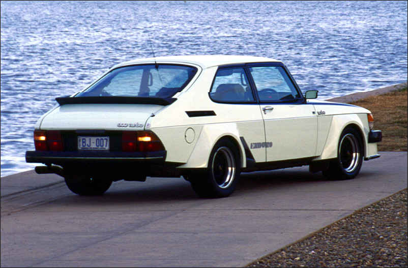 Name:  Saab 900 Enduro rear 1.jpg