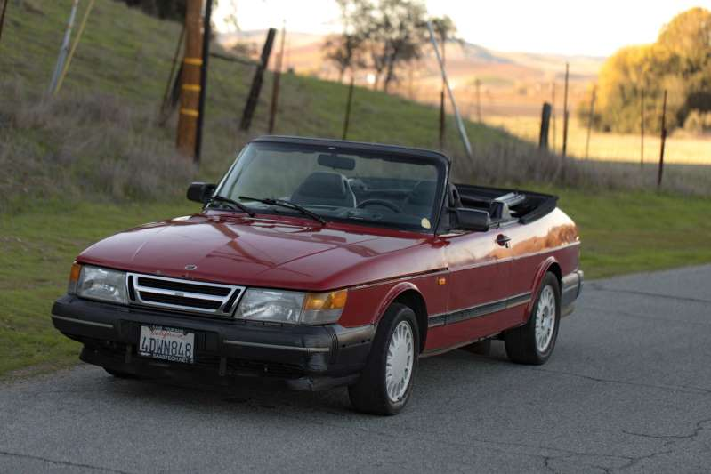 Name:  sideways_saab_900.jpg