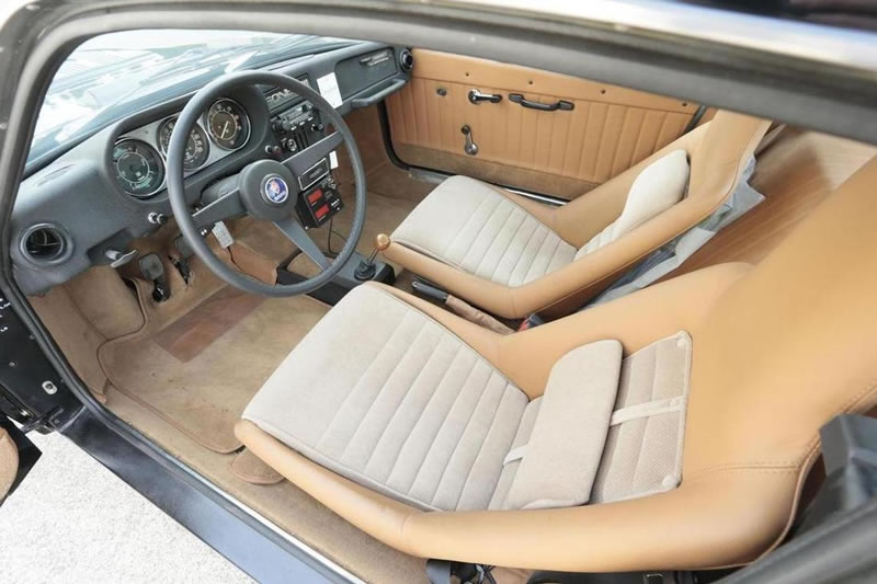 1972 Saab Sonett III coupé interior seats dash