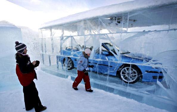 saab_9-3_convertible_icehotel