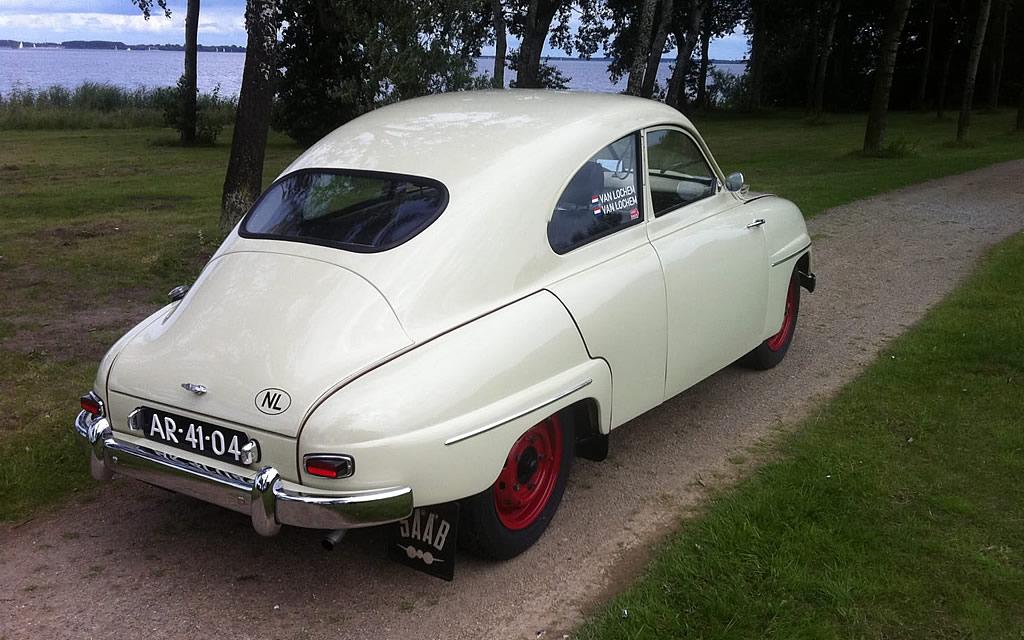 1957_saab_93_rear