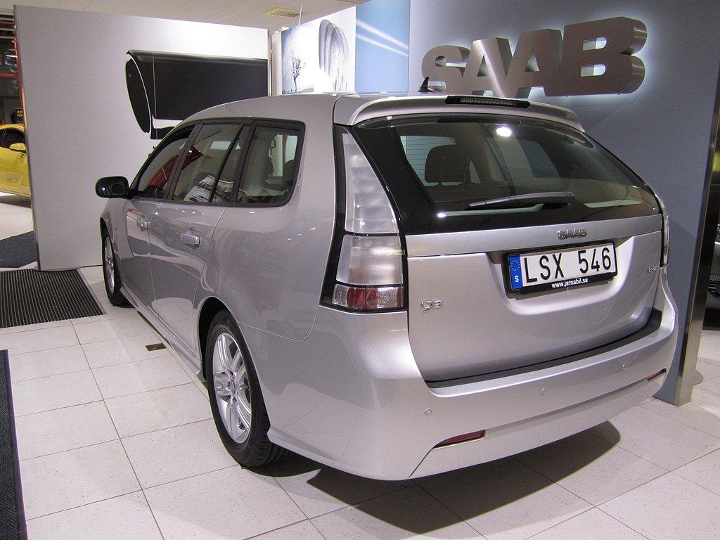2012-saab-9-3-griffin-2-0t-biopower-sportcombi-silver-3